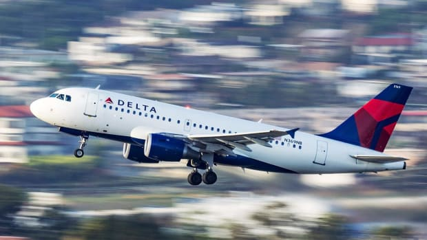 Delta Airlines Tops Q3 Earnings Forecast, Sees 737 MAX Return in January 2020