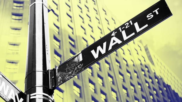 Dow Futures Rise Amid Mixed Trade Deal Signals; Home Depot Outlook Pares Gains