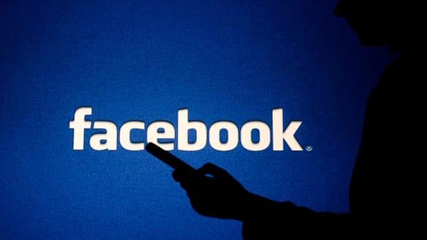 Facebook Slips Lower Following Report It Gave Tech Giants Preferred Data Access