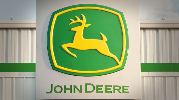 Deere & Co Forecasts 2020 Agricultural Sales Slide Amid Global Trade Uncertainty