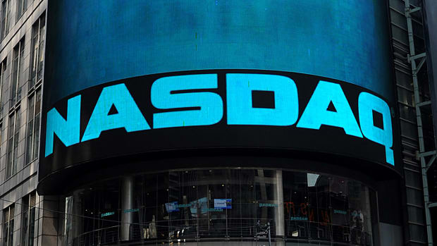 What Is Nasdaq and How Is It Different From the Dow?