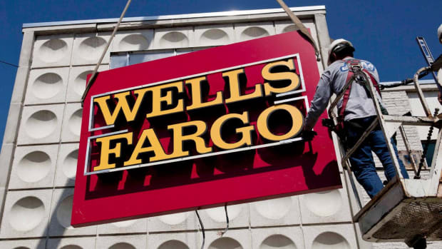 Wells Fargo Cut to Underperform at Raymond James Before Quarterly Report