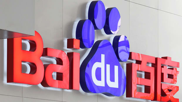 Baidu Slumps After Report Says Google Planning Censored Search Engine in China