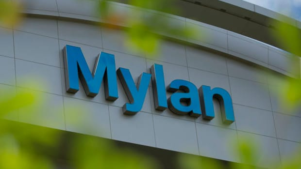 Mylan First-Quarter Revenue Misses Estimate Amid Lower Sales of Branded Product