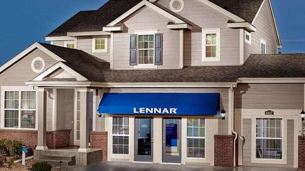 Stick With Lennar Stock With New Highs on Deck: Chart