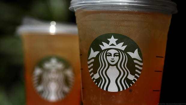 Starbucks Surges After Blowout Q4 Helped by 'Rocket Fuel' Alibaba Deal in China