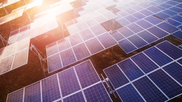 KeyBanc Upgrades Residential Solar Companies on Growth Prospects