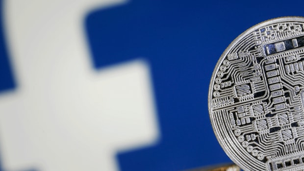 U.S. Behind on Cryptocurrency Rules as Facebook Presses Ahead, Top Lawmaker Says