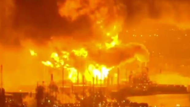 Fire Rips Through South Philadelphia Refinery Complex
