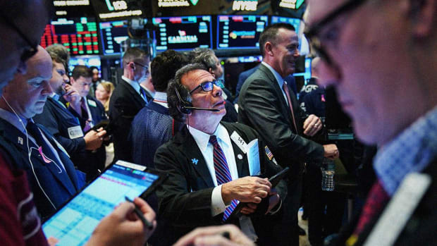 Dow Futures Slide; Weak China Data, Grim Chip Sector Outlook, Keep Bulls at Bay
