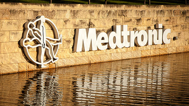 Medtronic Wavers After Posting Earnings Beat; Cardiac Unit Misses Estimates