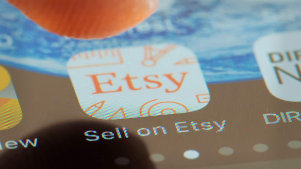 Etsy Gains on Analyst Upgrade to Outperform, Price Target Boost