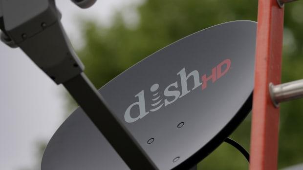 Dish Shares Drop as Revenue Falls, Subscribers Decline