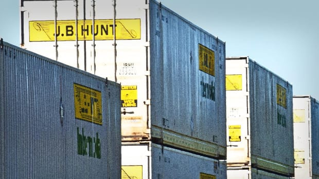 J.B. Hunt Profit Rises but Misses Analysts' Estimates