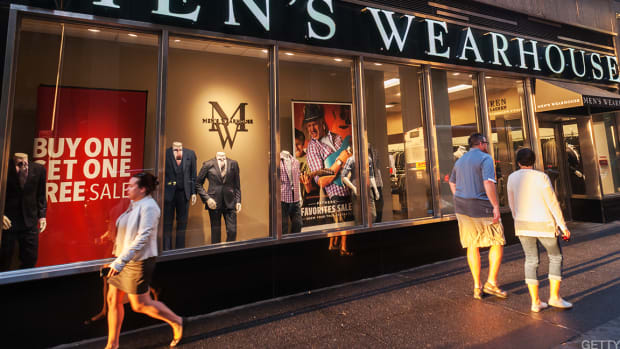 Tailored Brands Climbs on New 'Buy' Rating