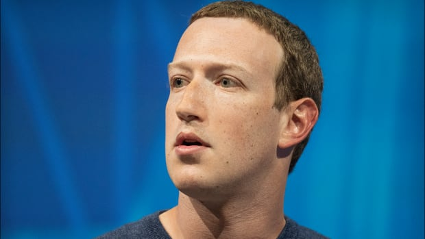 Facebook's Mark Zuckerberg: 'I Expect This Is Going to Be a Very Tough Year'