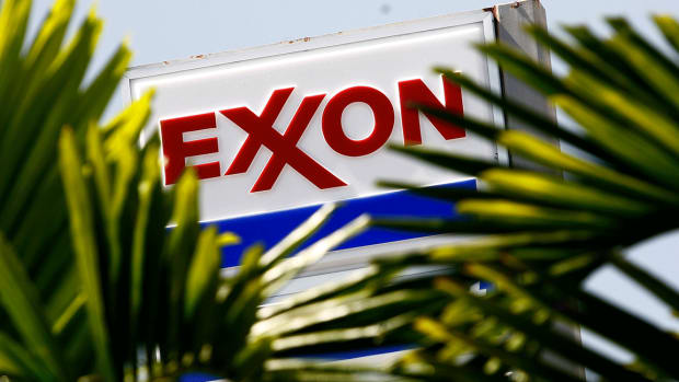 Exxon Mobil Slips on Mixed Quarterly Results