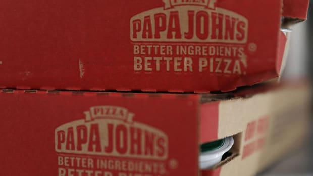 Papa John's Misses Earnings Estimates, Chief Financial Officer to Depart