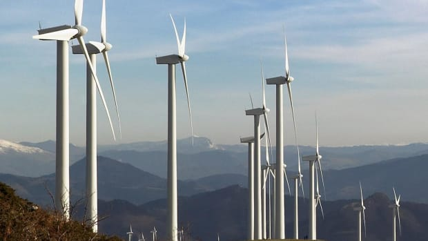 TPI Shares Spin Higher After Analyst Upgrades Wind-Turbine-Blade Maker