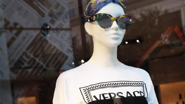 Capri Tumbles as Luxury Goods Maker Says Versace Spend Will Trim Q1 Earnings