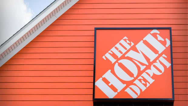 Home Depot Could Break Out to New Highs on Earnings