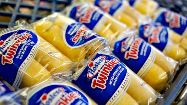 Twinkie Maker Hostess Is Downgraded as Earnings, Revenue Disappoint