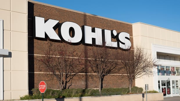 Kohl's Reports Earnings With Stock Above Its Key Annual Level