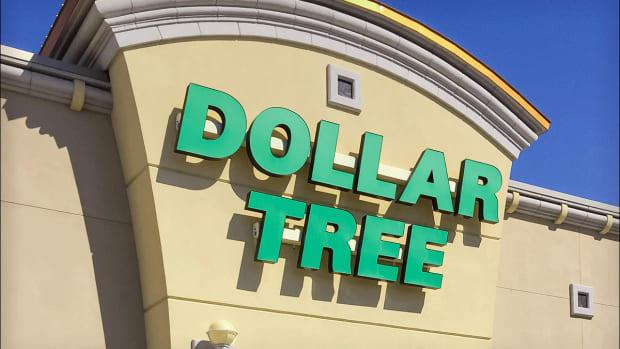 Don't Buy the Dip in Dollar Tree Stock
