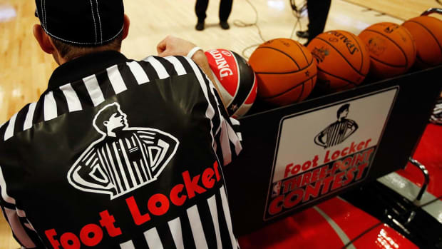 Morgan Stanley Cautious on Surging Foot Locker