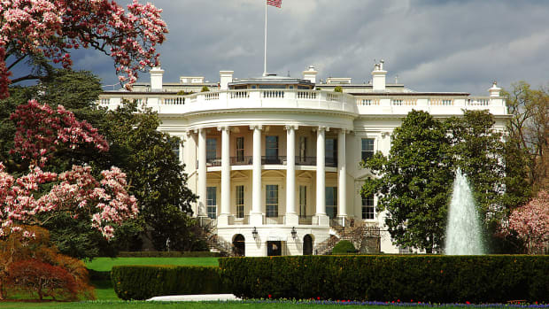 Man Reportedly Shoots Himself in Front of White House on Saturday