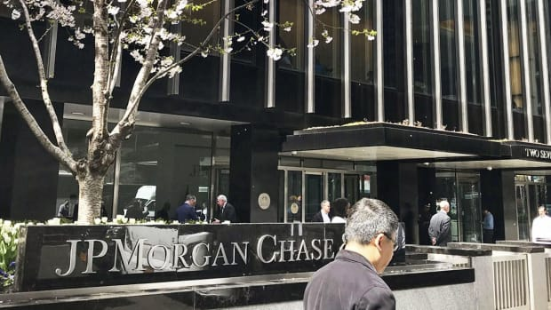 JPMorgan Chase Agrees to $135 Million SEC Settlement