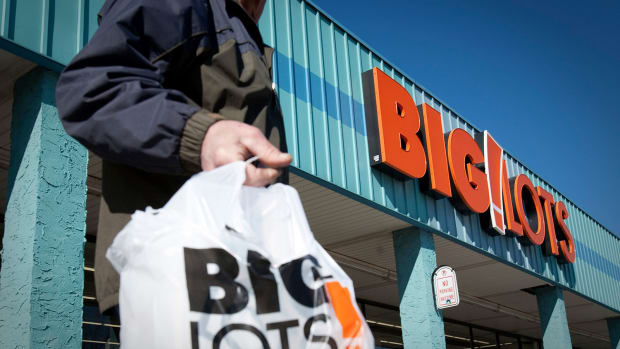 Big Lots Stock Suffers 23% Post-Earnings Drop