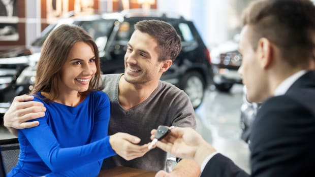 How to Buy a Car With Cash in 2019