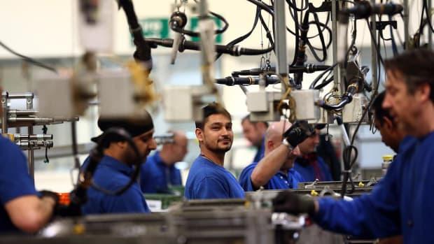 U.S. Job Openings Fall to 7 Million in September