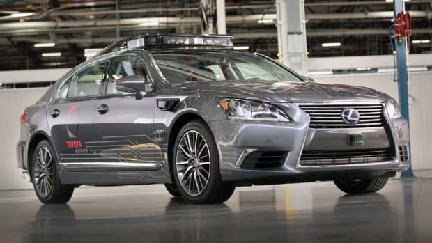 Best Autonomous Driving Investments for Your Retirement Portfolio