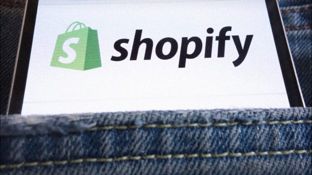 Shopify Falls 5% in After-Hours Trading on Secondary Offering Plan