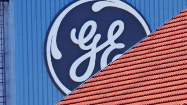 Steer Clear of GE This Fall: Chart