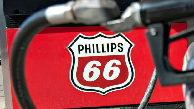 Phillips 66 Rises After It Pumps Out Strong Fourth-Quarter Profit