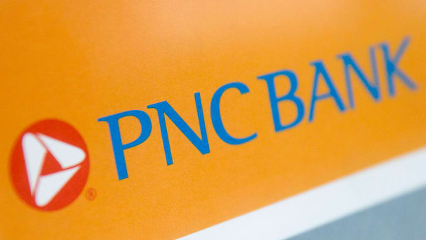 PNC Financial Rises After Pittsburgh Banking Group Beats Estimates