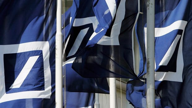 Deutsche Bank Shares Slump After Bigger Q2 Loss Highlights Turnaround Challenges
