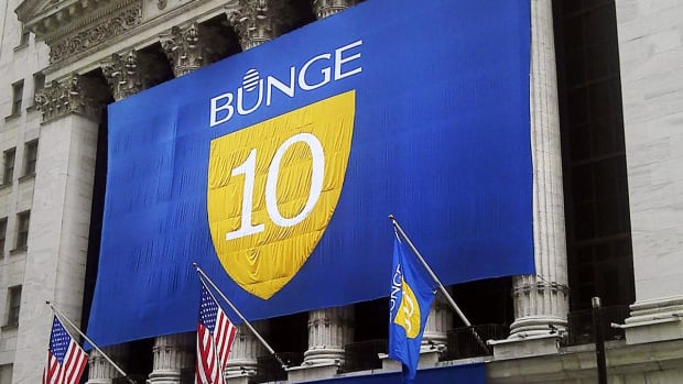 Bunge Misses Q4 Earnings, Drops Segment Guidance, as Strategic Review Continues
