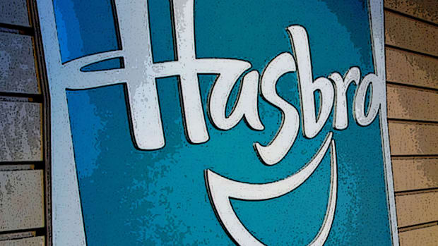 Toys 'R' Us Liquidation Puts Hasbro's Stock In a Vicious Downtrend