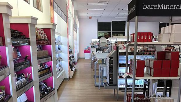 Ulta Beauty Lowers 2019 Guidance, Shares Plunge