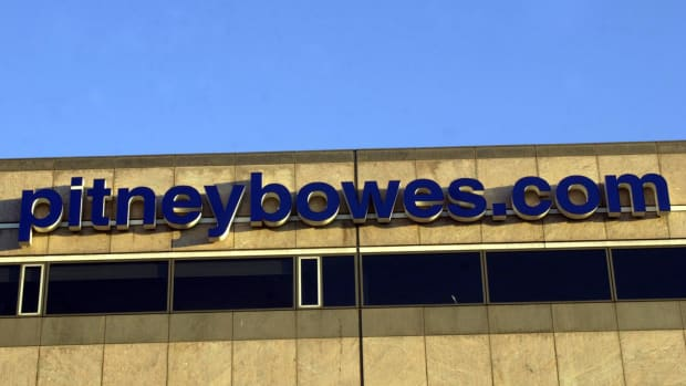 Pitney Bowes Plummets on First-Quarter Earnings Miss