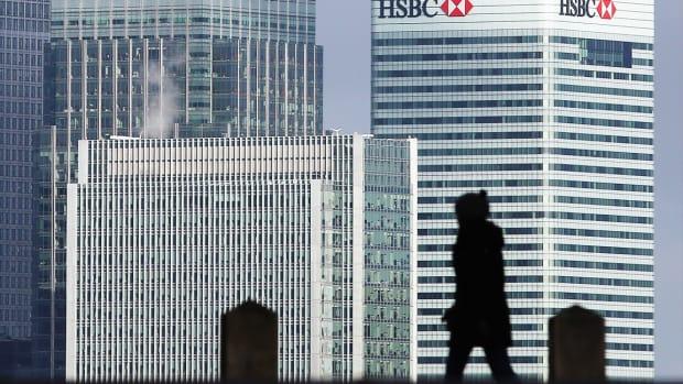 European Bank Stocks Tank as Funding Costs Rise, 'Intrusive' Oversight Looms