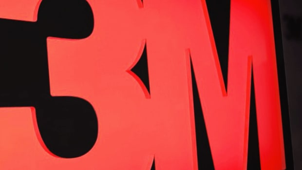 Buy 3M on Weakness to Its Recent Low and Lock In a Solid Dividend