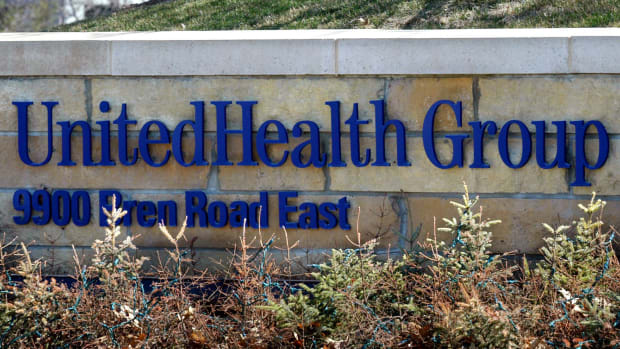 What to Watch When UnitedHealth Reports Results