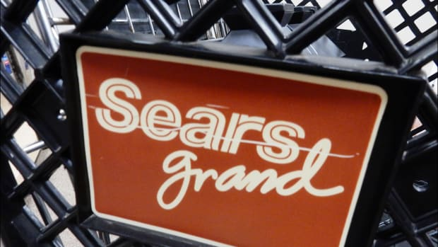 What Happens to Sears Gift Cards and Warranties Now That Chain Is Bankrupt?