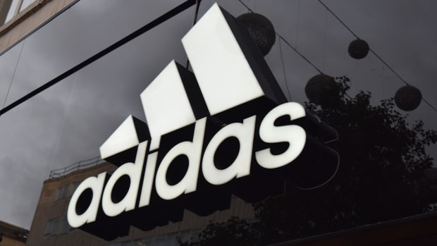 Adidas Slides After Cutting 2019 Sales Guidance as Nike Renews European Rivalry