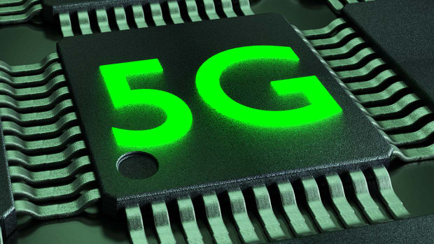 Qualcomm Faces Two Looming Challenges Related to 5G